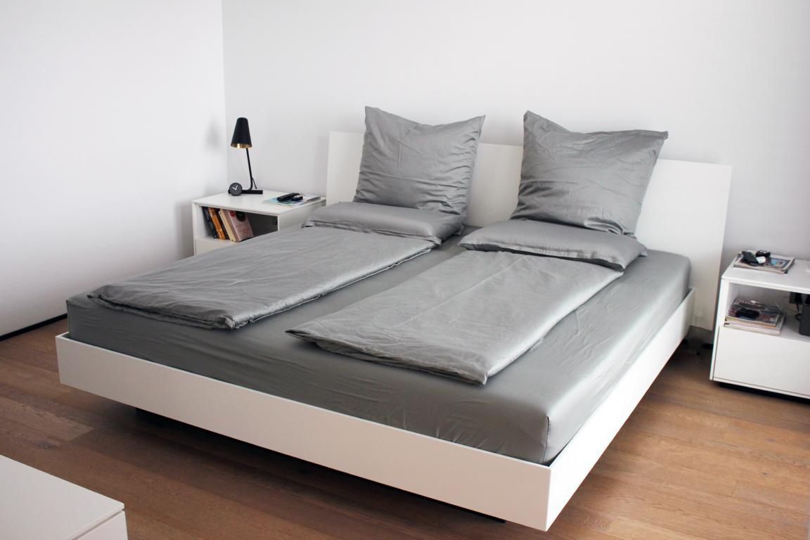 Produkte /; Schlafzimmer, Ankleide /